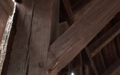 The marriage mark (Roman numeral 2) on the lower corner of the timber is a sign of an early barn.